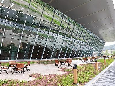 울산전시컨벤션센터 야외정원 썸네일 이미지